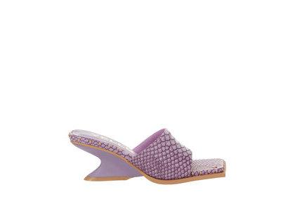 YELLO Baby-D Low Wedge Sandals Purpleの写真