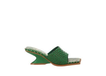 YELLO Shenlong Low Wedge Sandals Greenの写真