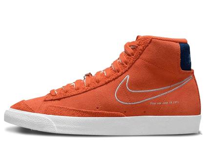 Nike Blazer Mid '77 First Use Orange の写真