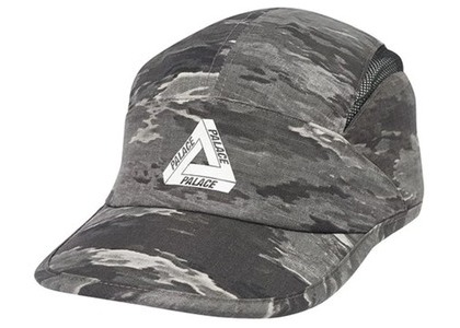 Palace Tri-Cool Runner Ghost Camo (SS20)の写真