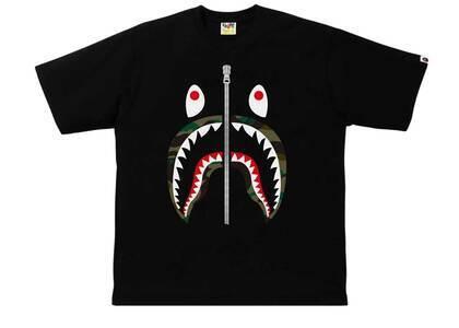Bape 1st Camo Shark Relaxed Tee Black × Green (SS21)の写真