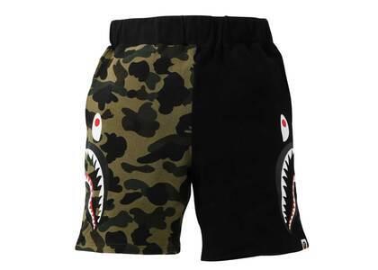 Bape 1st Camo Half Side Shark Sweat Shorts Green (SS21)の写真