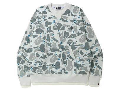Bape Relaxed Space Camo Crewneck White (SS20)の写真