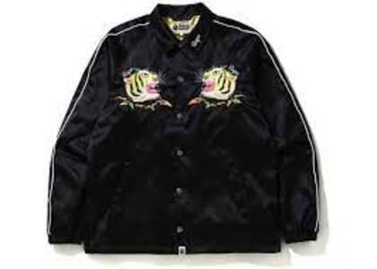 Bape Tiger Embriodery Coach Jacket Black (SS20)の写真