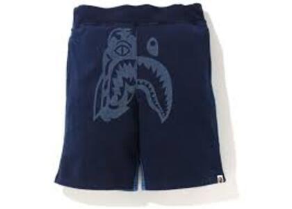 Bape indigo Tiger Shark Sweatshort indigo (SS20)の写真
