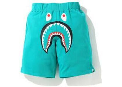 Bape Shark Wide Sweatshort Green (SS20)の写真