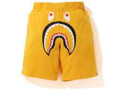 Bape Shark Wide Sweatshort Yellow (SS20)の写真