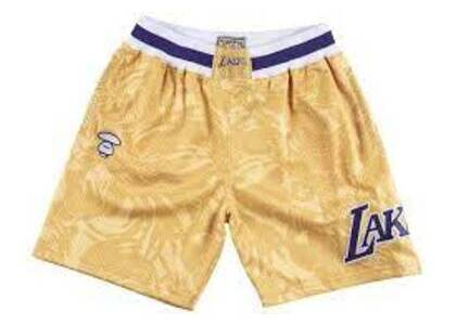 Aape x Mitchell & Ness Los Angeles Lakers short Gold (SS20)の写真