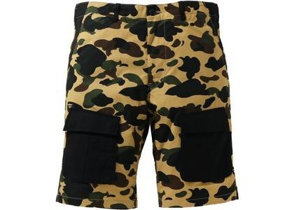 Bape 1st Camo Multi Pocket Shorts Yellow (SS21)の写真