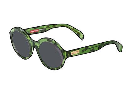 Supreme Downtown Sunglasses Camo (SS21)の写真