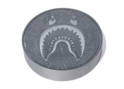 Bape Home Shark Paper Weight Silver (SS21)の写真