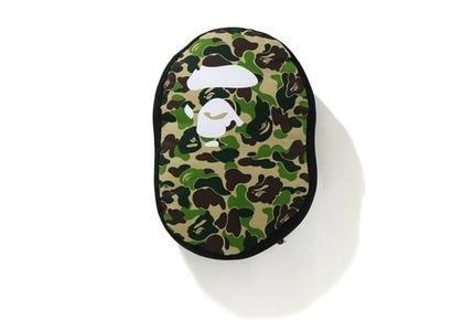 Bape Home ABC Camo Ape Head Cushion Green (SS21)の写真