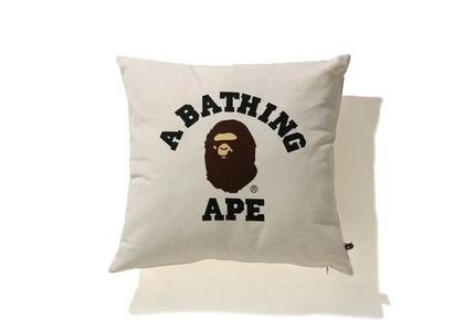 Bape Home College Square Cushion Ivory (SS21)の写真