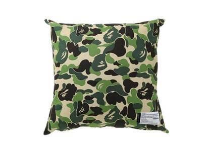 Bape Home × Fabrick ABC Camo Square Cushion Green (SS21)の写真