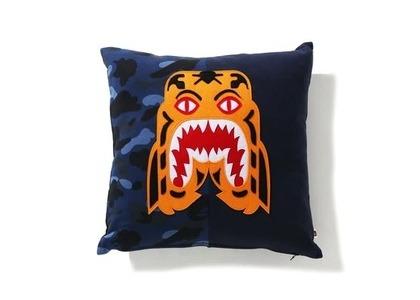 Bape Home Color Camo Tiger Square Cushion Navy (SS21)の写真