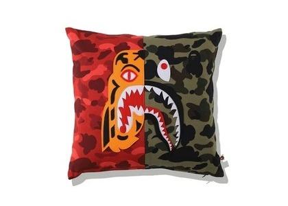 Bape Home Mix Camo Tiger Shark Half Square Cushion Red (SS21)の写真