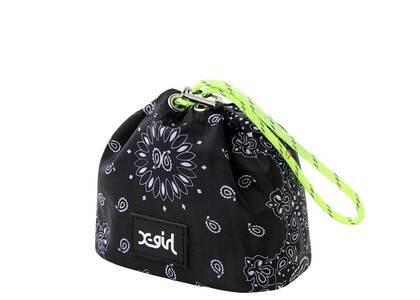 X-Girl Bandana Pattern Pouch Blackの写真