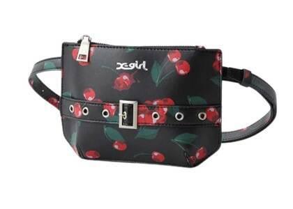 X-Girl Cherry Belt Bag Redの写真