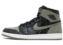 Nike Jordan 1 Retro High Camo 3M Shadowの写真