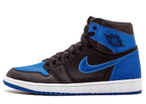 "Jordan 1 Retro Satin ""Royal""の写真"