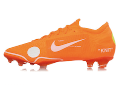 NIKE MERCURIAL VAPOR 360 × OFF WHITEの写真