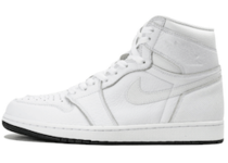 Jordan 1 Retro White Perforatedの写真
