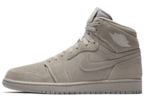 Jordan 1 Retro High Grey Suedeの写真