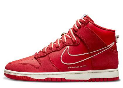 Nike Dunk High First Use Redの写真