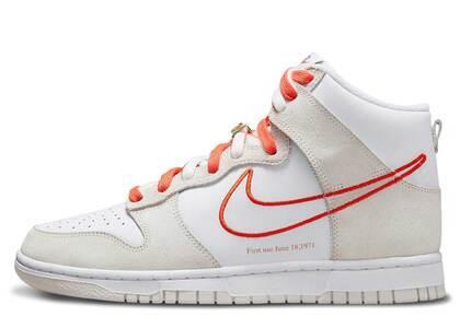 Nike Dunk High First Use White Orange Womensの写真