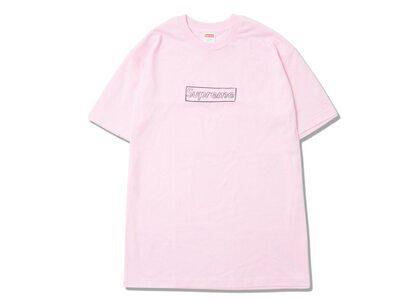 Supreme KAWS Chalk Logo Tee Pink (SS21)の写真