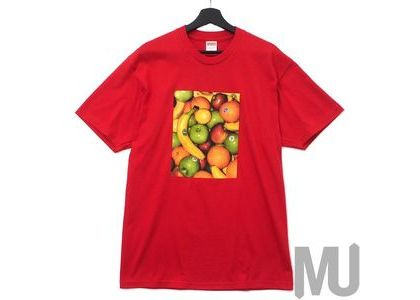 Supreme Fruit Tee Redの写真