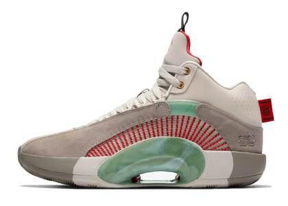 Clot × Nike Air Jordan 35 Warrior Jadeの写真