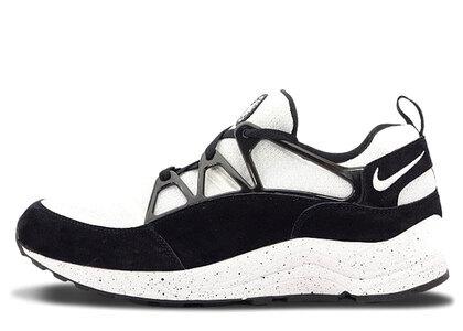 Nike Air Huarache Light Black Whiteの写真