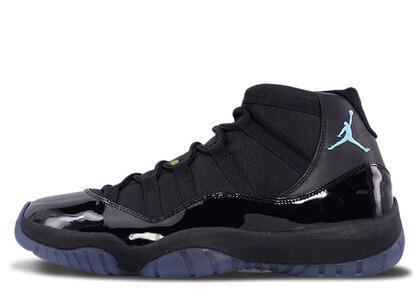 Nike Air Jordan 11 Retoro Black/Gamma Blue-Black-Varsity Maizeの写真