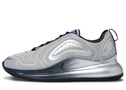 Nike Air Max 720 Metallic Silverの写真