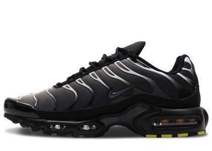 Nike Air Max PLUS Black/Greyの写真