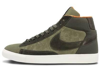Nike Blazer Hi SP/ Mowax Medium Oliveの写真
