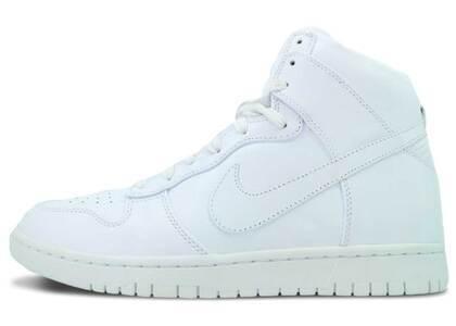 Nike Dunk High Lux Whiteの写真
