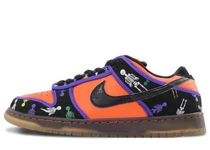 Nike Dunk SB Low Day of the Deadの写真