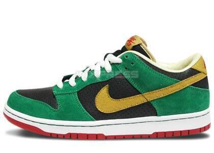 Nike Dunk SB Low Miller High Lifeの写真