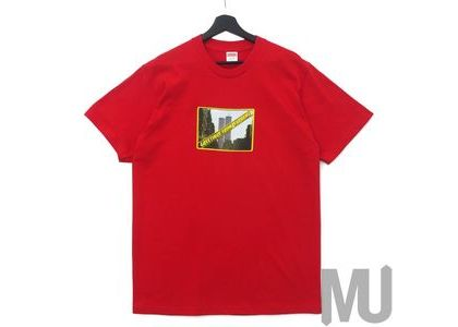 Supreme Greetings Tee Redの写真
