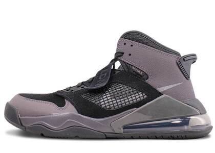 Nike Air Jordan Mars 270 Londonの写真
