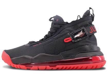 Nike Air Jordan Proto-Max 720 Black/University Redの写真