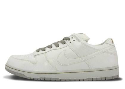 Nike SB Dunk Low Medicom 4の写真