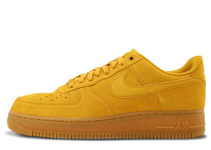 Nike Air Force 1 07 SE Mineral Yellow Womensの写真