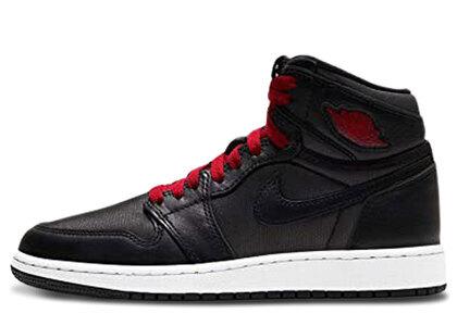 Nike Air Jordan 1 Retoro High OG (GS)の写真