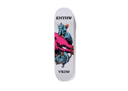 Knthw × Verdy Skateboard Knthw Whiteの写真