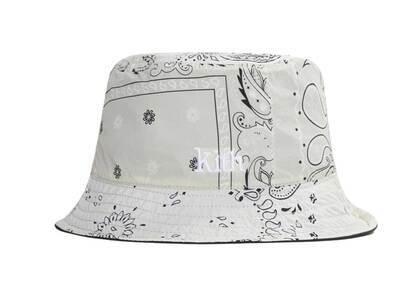 Kith Deconstructed Bandana Reversible Bucket Hat Canvasの写真