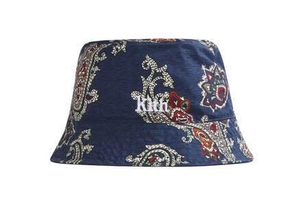 Kith Silk Paisley Reversible Bucket Hat Nocturnalの写真