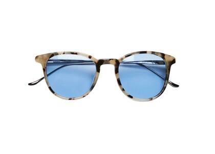 Kith × MODO Georgica Sunglasses White Tortoise/Gunmetalの写真